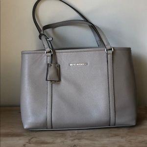 Dana Buchanan hand bag